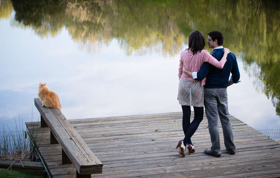 Sweet Couple by the Lake | Anne Lord Photography