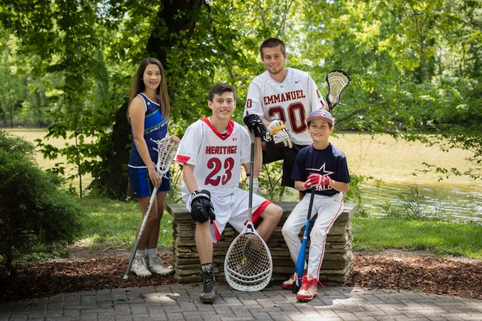 All wearing sporty under the tree | Anne Lord Photography