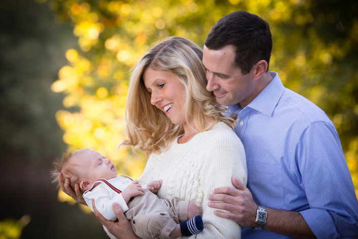 Lovely couple staring at their baby | Anne Lord Photography